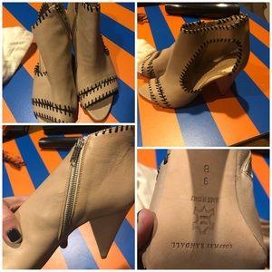 Gorgeous bootie heel loeffler Randal